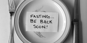 Fasting-be-back-soon-600x300